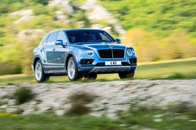 Bentley Bentayga közúton