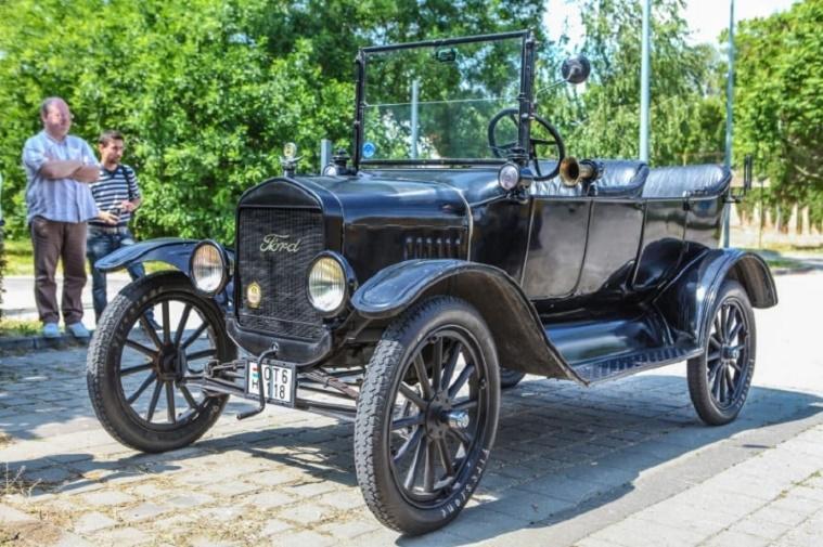 Ford T-Model egy bemutatón