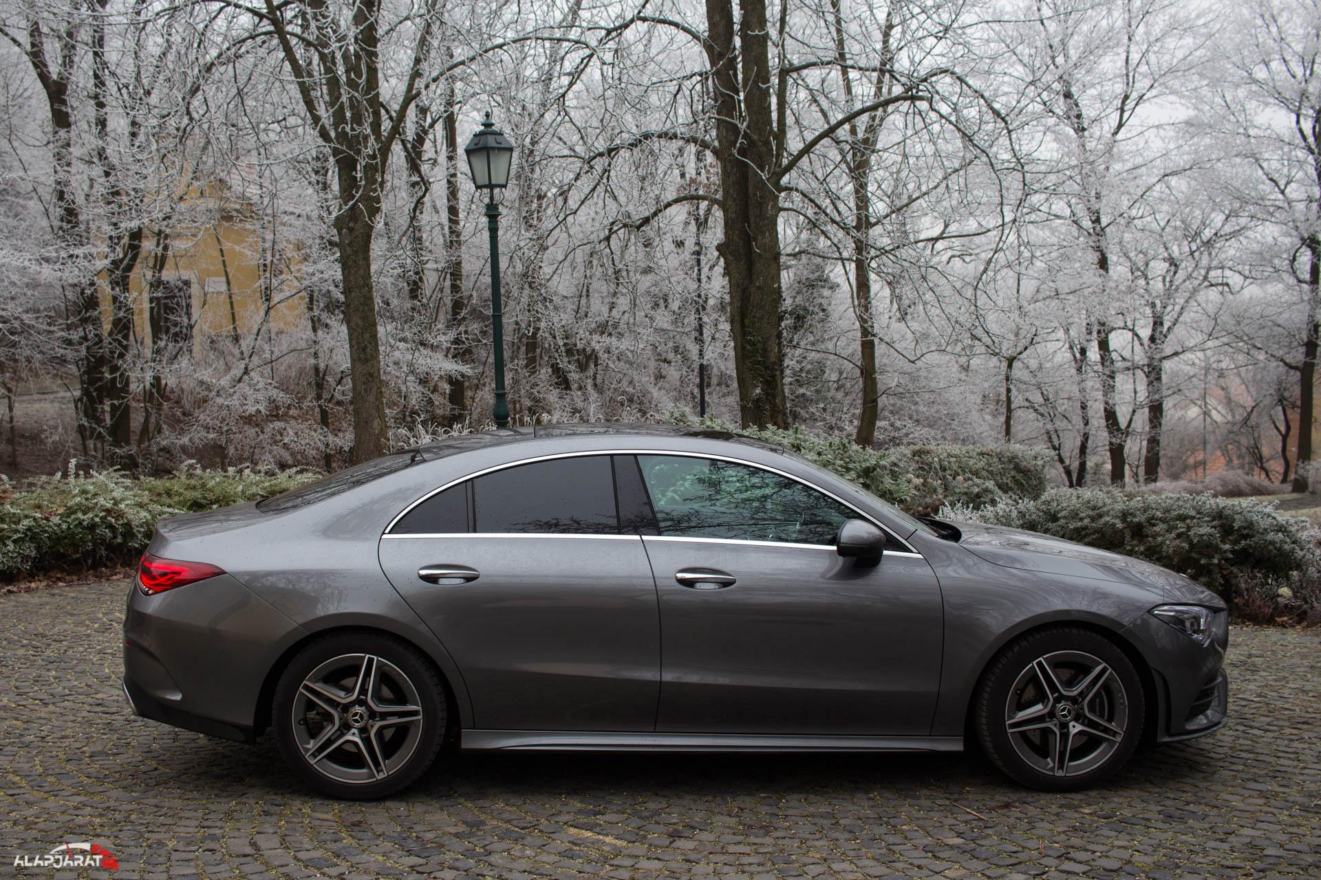 A diplomás szépségkirálynő: Mercedes-Benz CLA 200 Coupé ...