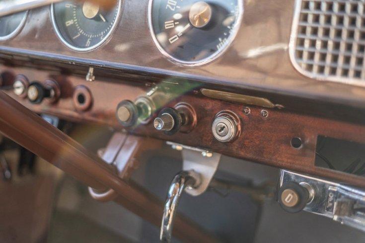 1948 Studebaker Champion kormányrúd