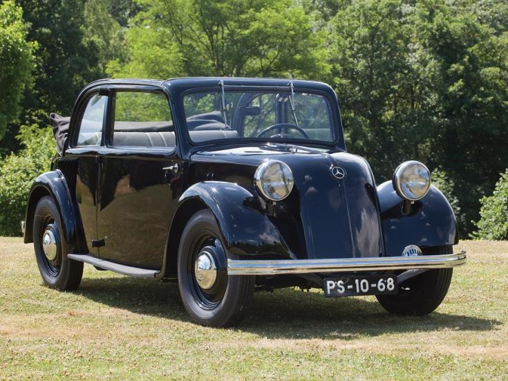 1936 Mercedes Benz 130H (W23), fekete tudor limuzin