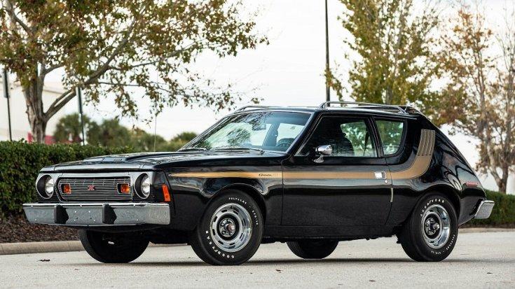 1974 AMC Gremlin X, fekete 2 ajtós hatchback oldala