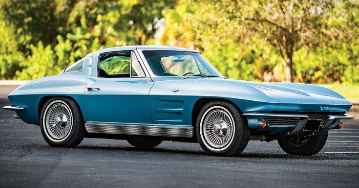 Chevrolet Corvette C2 String Ray, kék GT, elölnézet, jobbról