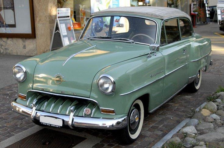 1953 Opel Olympia Rekord, zöld kabrió, elölnézet, balról