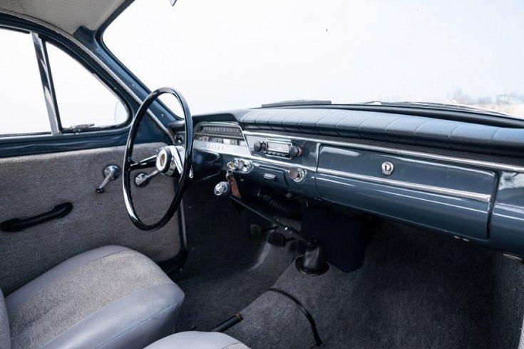1965 Volvo PV 544 műszerfala, anyós oldala felől nézve