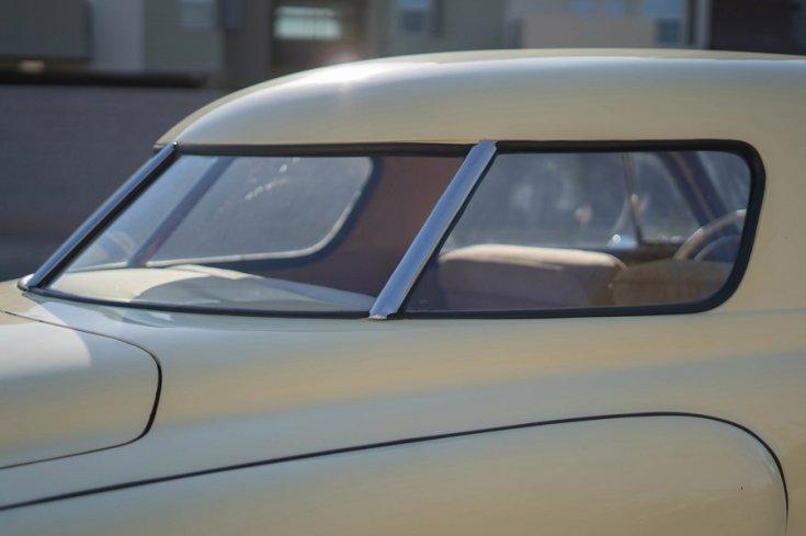 1948 Studebaker Starlight Coupe hátsó szélvédője