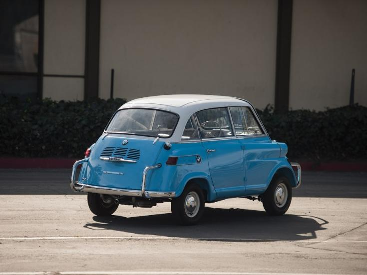 1958 BMW 600 Isetta, kék fehér mikroautó feneke
