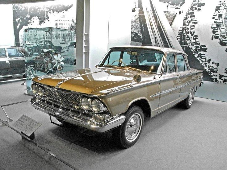 1966 Nissan – Prince Gloria Super 6, 4 ajtós hardtop – flattop/ bubble top limuzin elölről