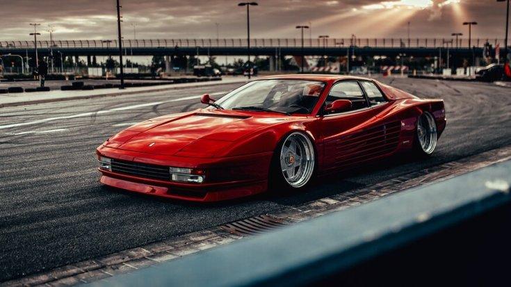 ültetett Ferrari Testarossa