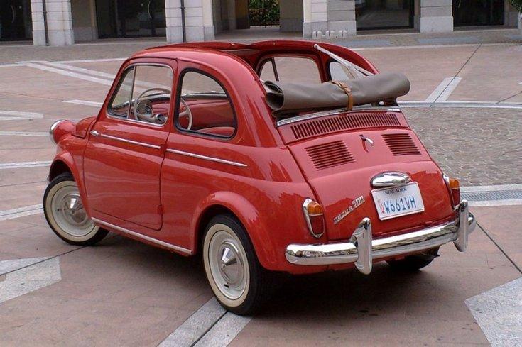 1959 Fiat La Nouva 500, vörös, hátulnézet