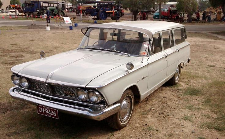 1966 Nissan – Prince Gloria Super 6 Estate, fehér kombi, elölről