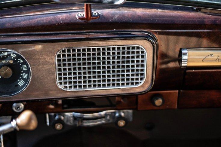 1948 Studebaker Champion műszerfala, hősugárzó