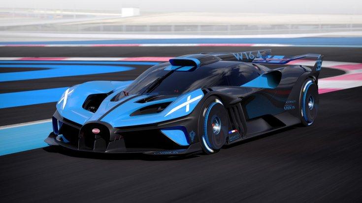 Bugatti Bolide egy versenypályán féloldalról