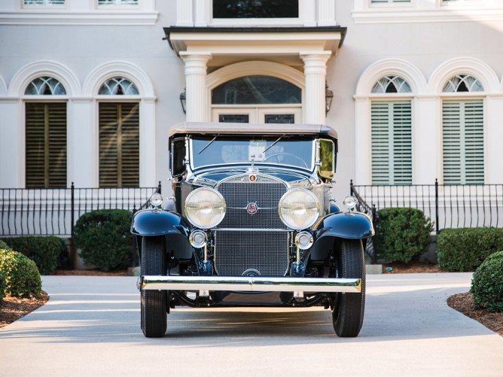 1931 Cadillac Series 452 V16, fekete roadster, elölnézet, szemből