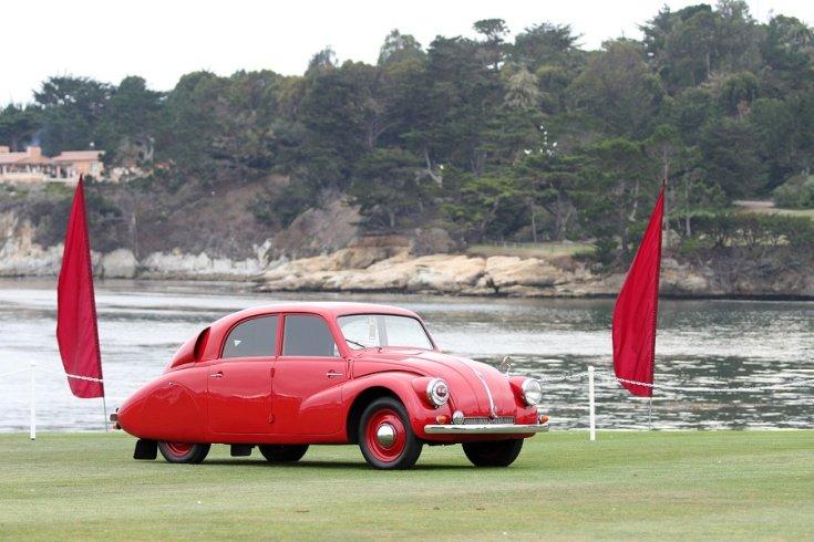 1936 Tatra T97, vörös, elölnézet, oldalnézet, jobbról