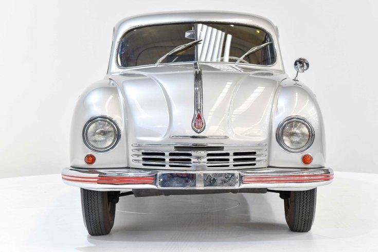 1950 Tatra T600 Tatraplan, ezüst, elölnézet, szemből