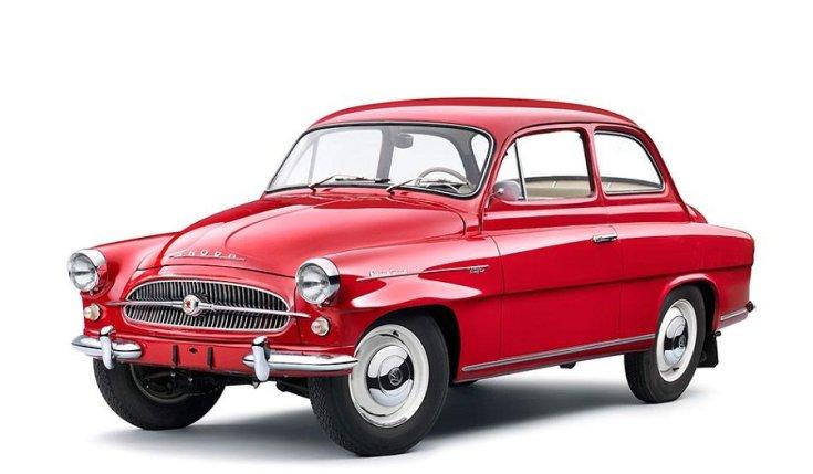 1959 – 1971 Skoda Octavia, coupé, vörös, oldalnézet, elölnézet, balról