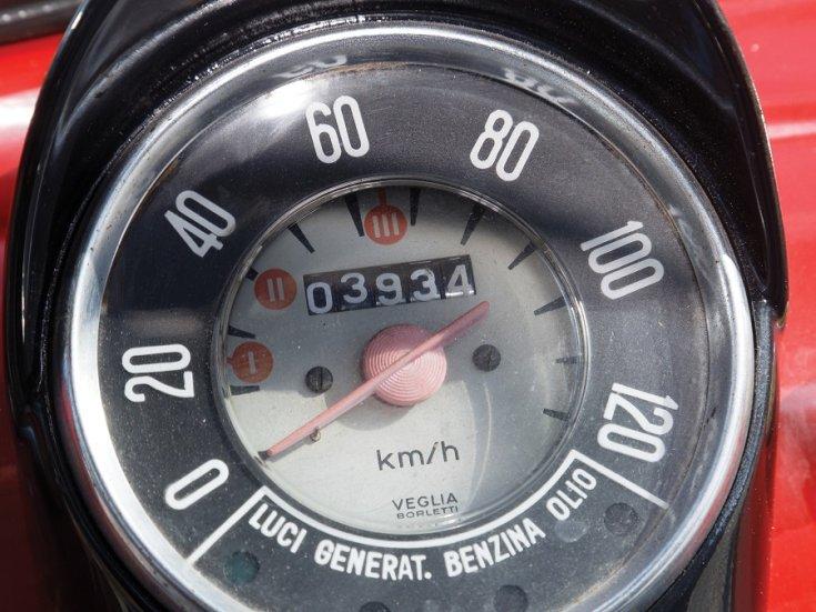 1960 Fiat 500 Giardiniera, sebességmérő, elölnézet, felülnézet, szemből