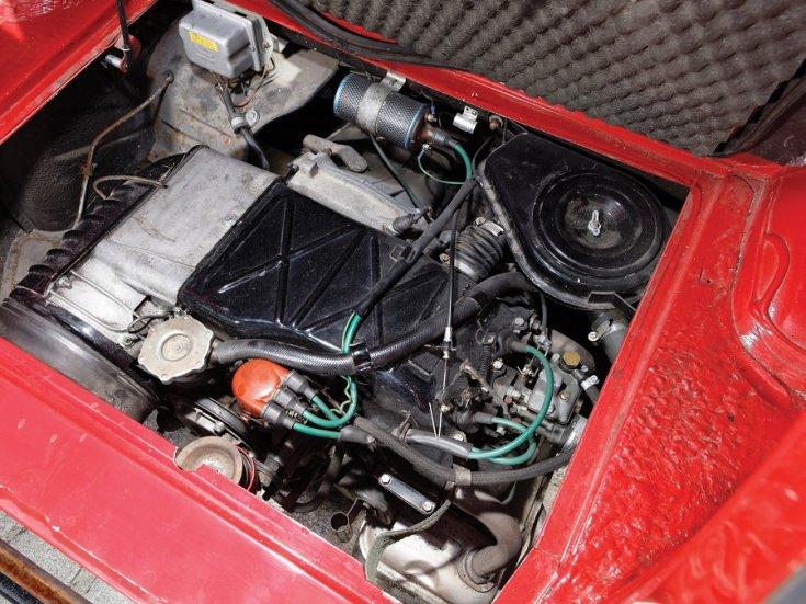 1960 Fiat 500 Giardiniera, piros, kombi, motortér, felülnézet, oldalnézet, jobbról
