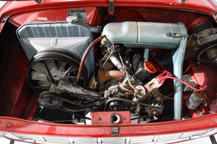 1967 Skoda 1100 MB, motortér, felülnézet