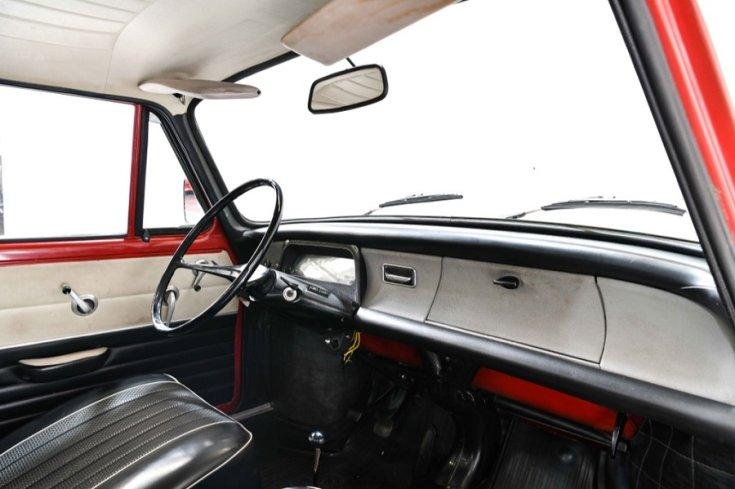 1966 Skoda 1100 MB, műszerfal, oldalnézet, jobbról