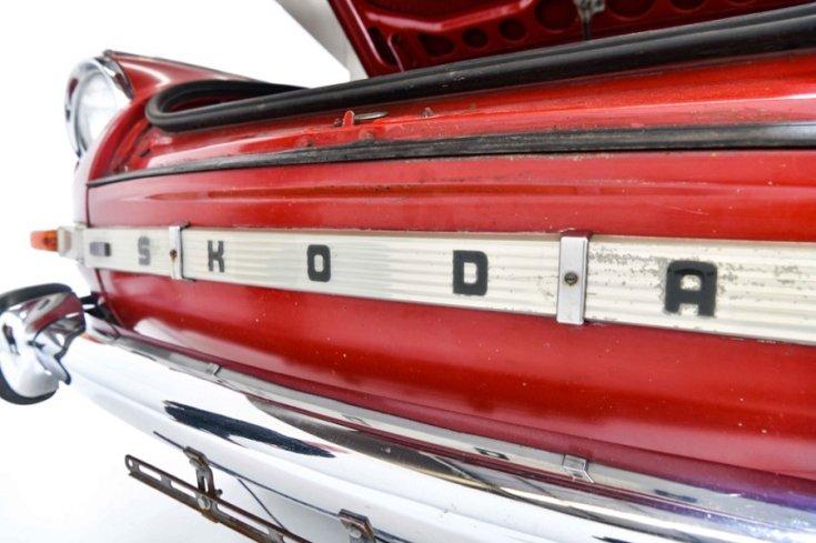 1965 Skoda 1000 MB, pótkerék, elölnézet, oldalnézet, balról
