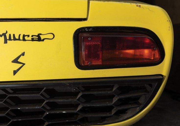1969 Lamborghini Miura P400 S jobb hátsó lámpa