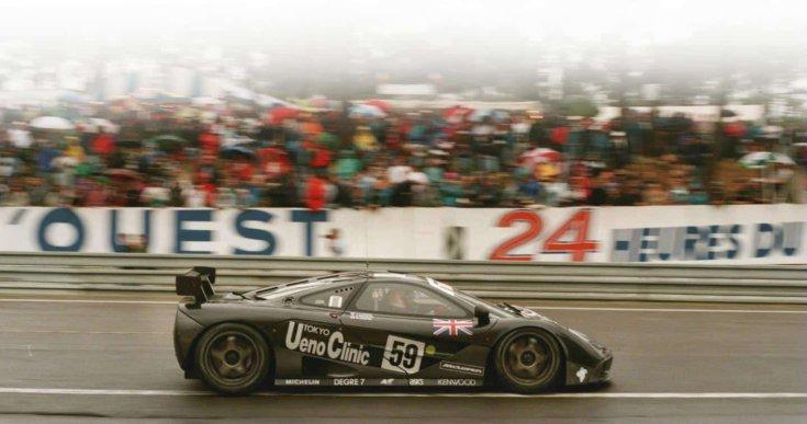 McLaren F1 GTR 1995-ben Le Mans-ban oldalról
