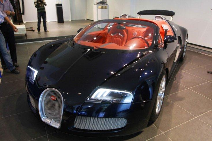 Bugatti Veyron – Sang Noir Edition (2010)