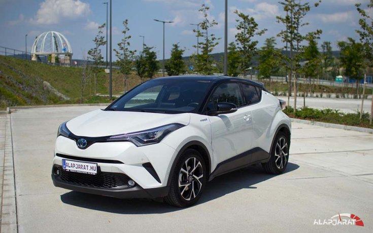 2018-as Toyota CH-R elölről
