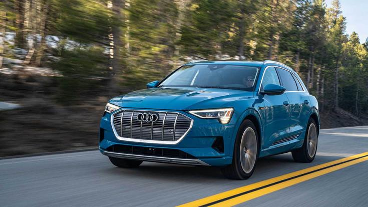 Audi e-tron SUV elölről