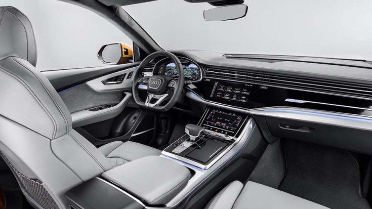 2019-es Audi Q8 beltere