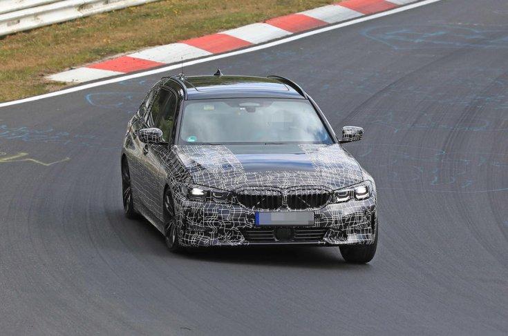 2019 BMW 3 Touring szemből