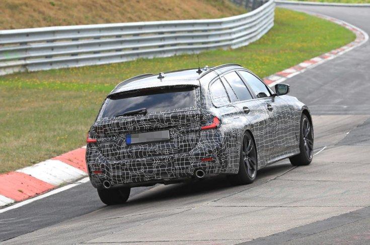 2019 BMW 3 Touring kiadás hátulról