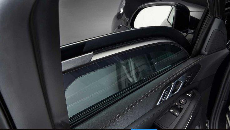BMW X5 Protection VR6 biztonsági üveg ablaka