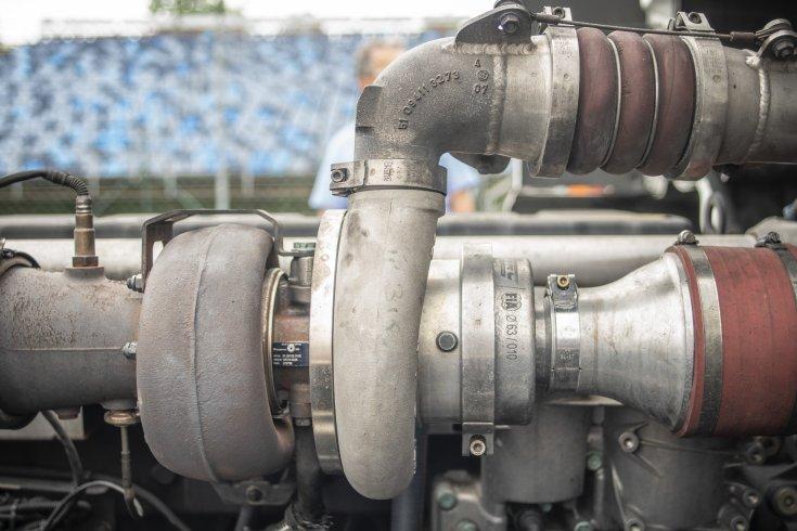 kamion EB turbo