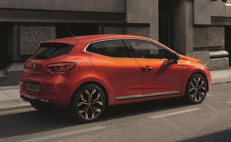 2020 Renault Clio hátulról