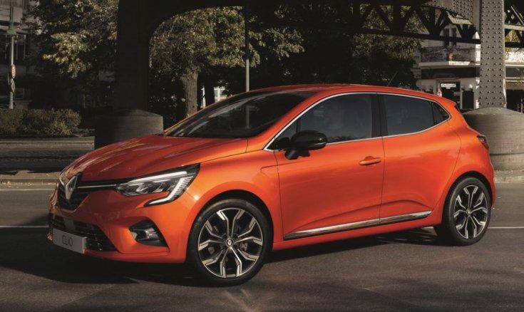 2020 Renault Clio oldalról