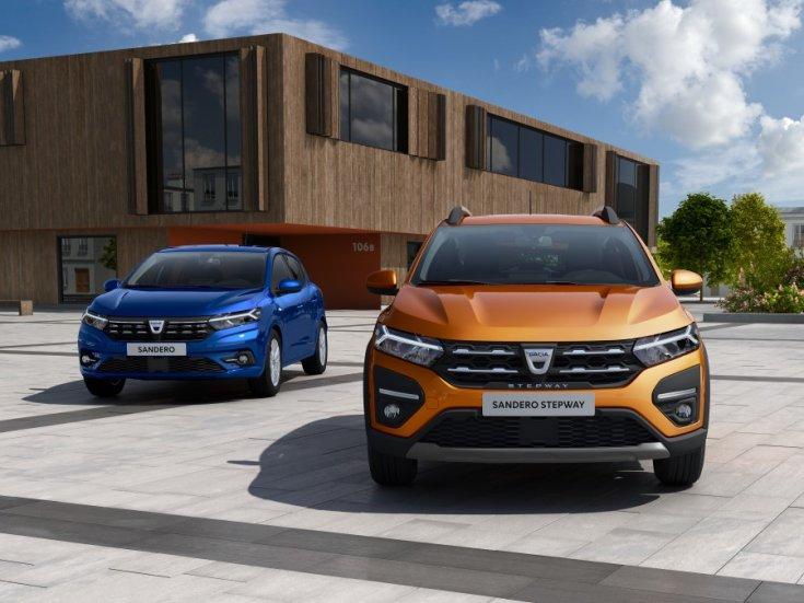 2021-es Dacia modellek városi környezetben