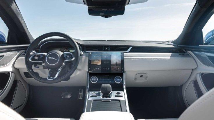Új 2021-es Jaguar XF modell belső tere