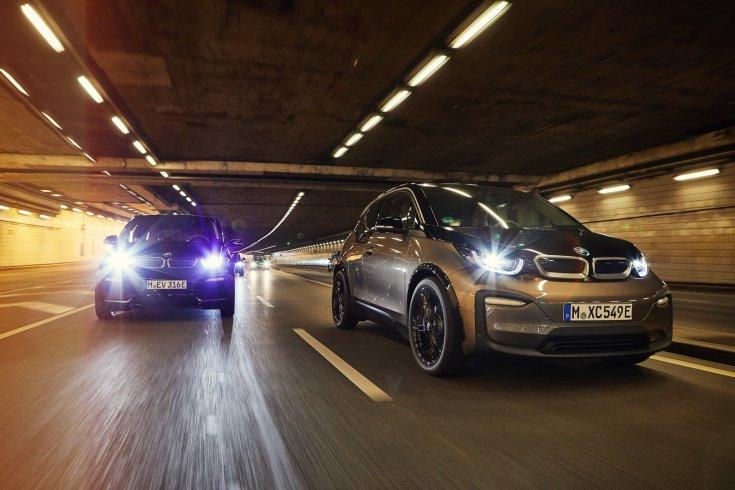 elektromos BMW modellek alagútban