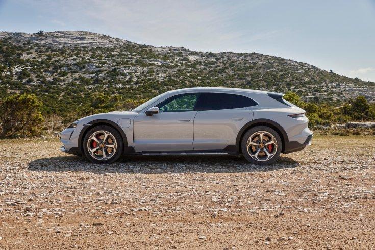 Porsche oldalról