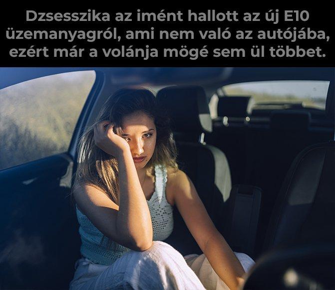 Autóban ülő nő