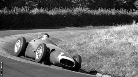 Juan Manuel Fangio visszatérése az élre (Német Nagydíj, 1957)