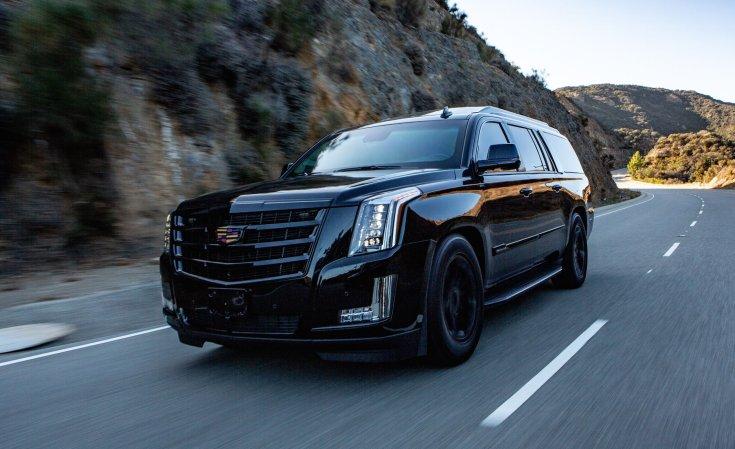 Cadillac Escalade Executive, hegyi úton