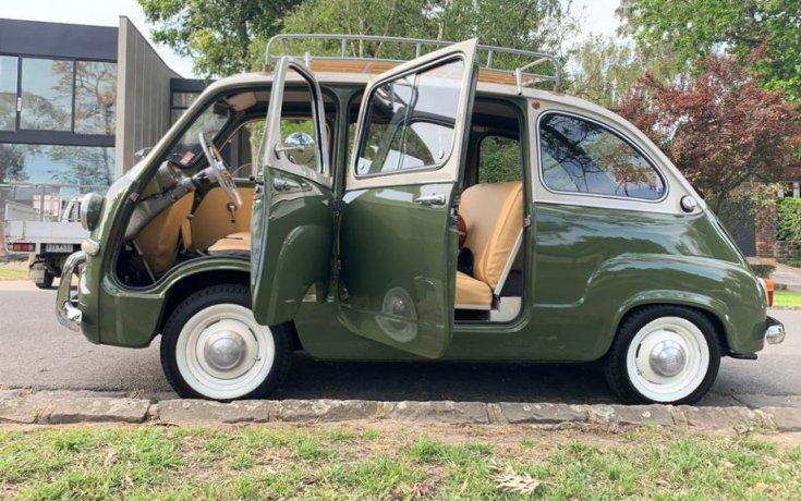 Fiat 600 Multipla, nyitott ajtókkal