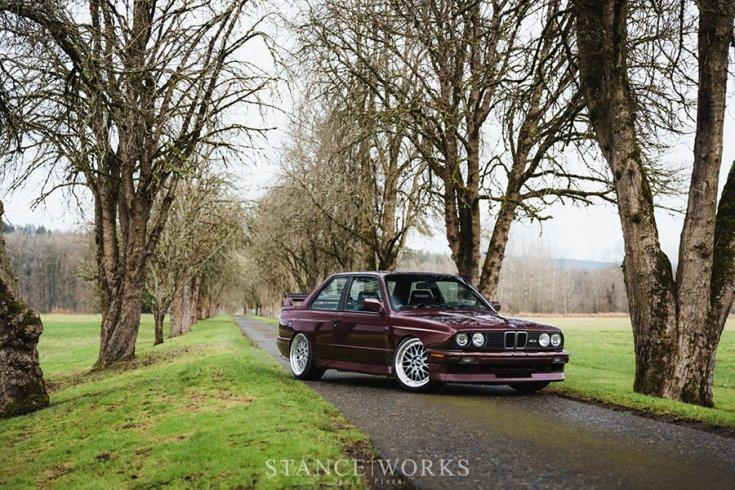 Alex Ciceu BMW E30 M3 tuning elölről