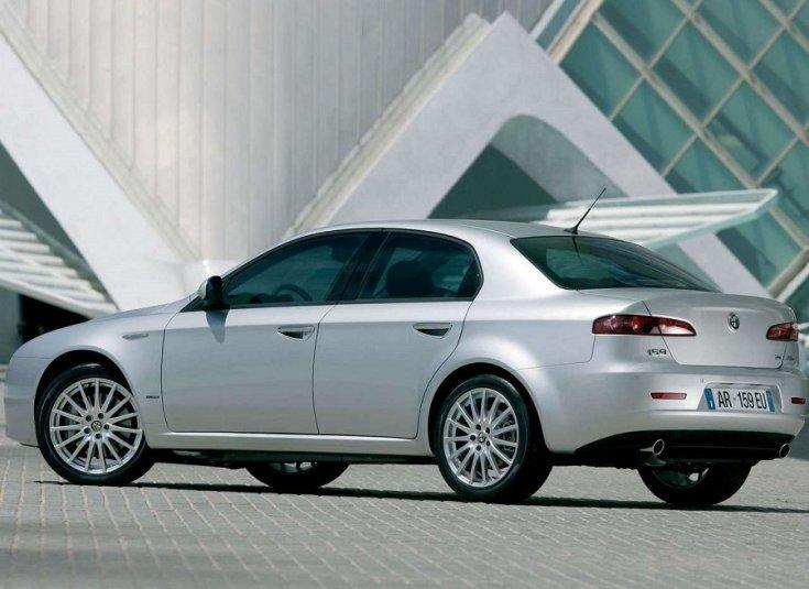 Ezüst színű Alfa Romeo 159 2005