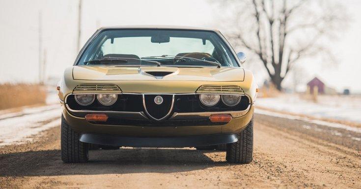1970 Alfa Romeo Montreal, RM Sotheby's Aukció, elölről, sárga