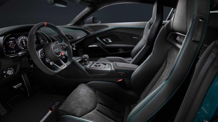 Audi R8 Green Hell Edition belső tere oldalról